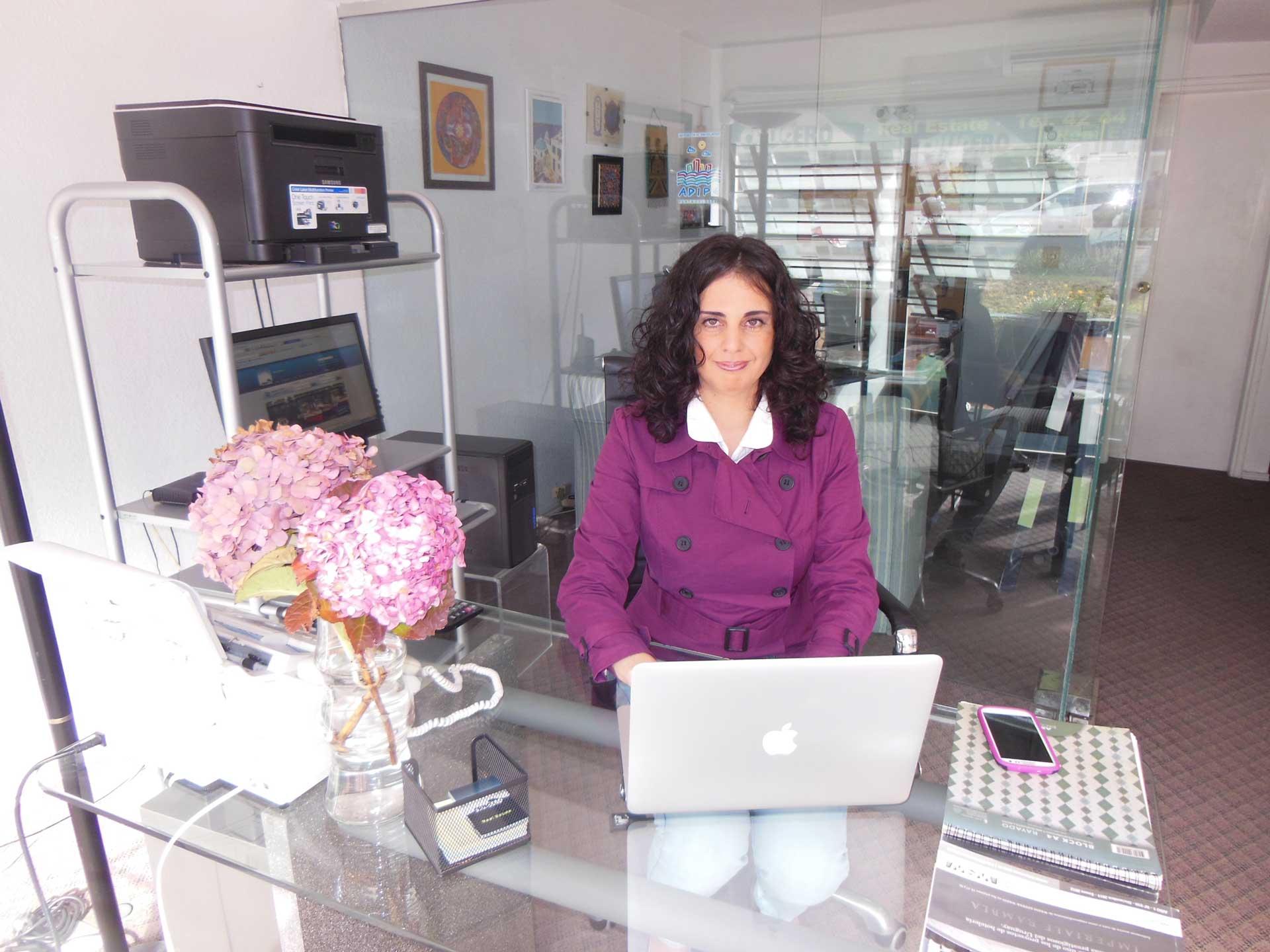 Lorena Miraballes - Crucero Real Estate
